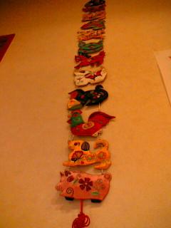中華菜館 神岳 壁に掛けられた12支の飾り物